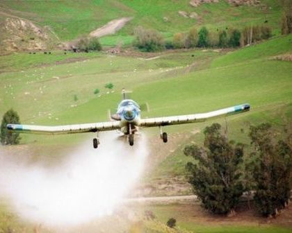 aerial-top-dressing-nitrates-in-water